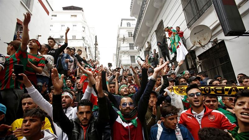 Demonstrators have for weeks now called for a new generation of leaders to replace the ruling elite, seen by many as corrupt [Ramzy Boudina/Reuters]